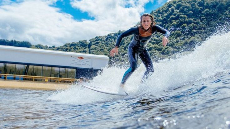 Wales surf wave generator starts up