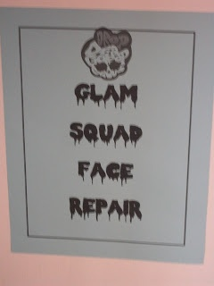 sign for face repair area