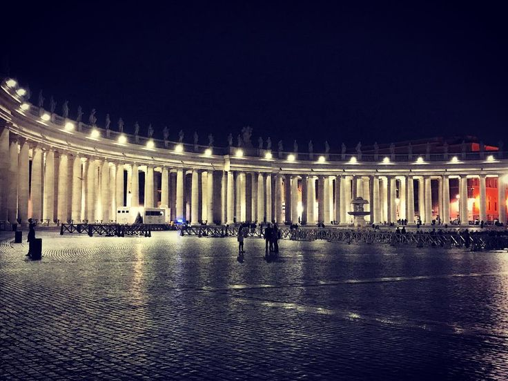 One of the long arms of Berninis Vatican colonnade providing a glorious glow to an October evening #italogram