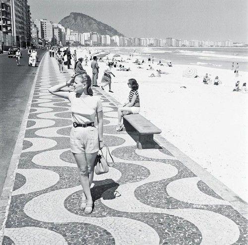 Praia de Copacabana, Rio de Janeiro, 1947
