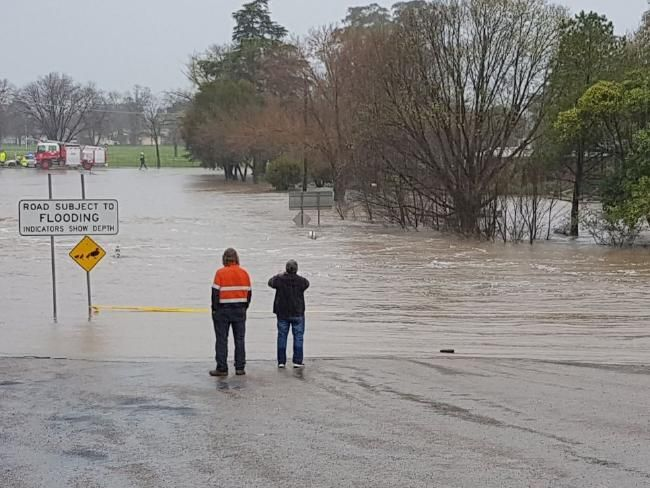 NSW weather: Flooding closes regional NSW roads | Daily Telegraph