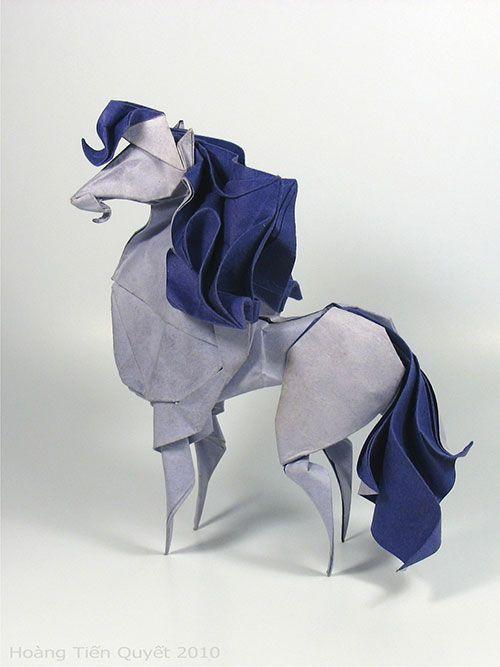 折り紙で匠に形成された動物たちのペーパークラフトオブジェシリーズ