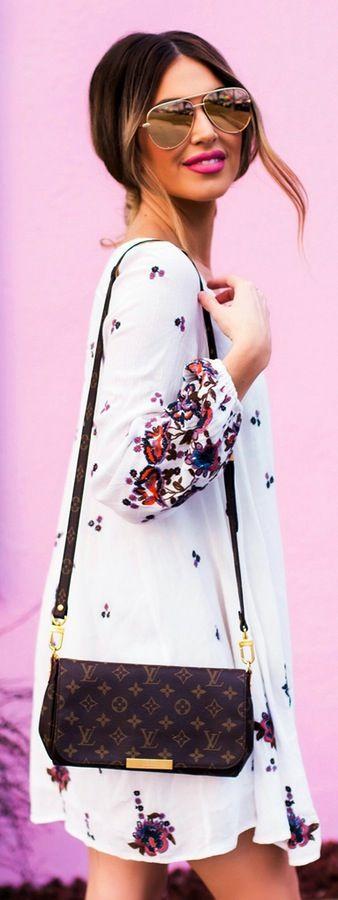 Heels and Handbags – Fashion