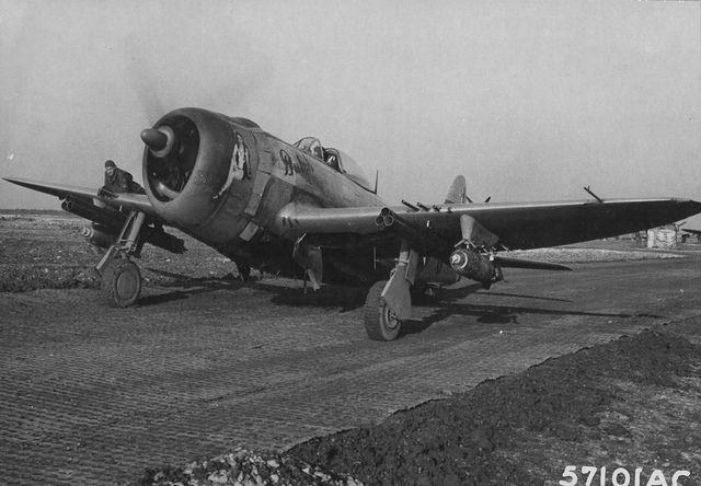 Republic P-47 -