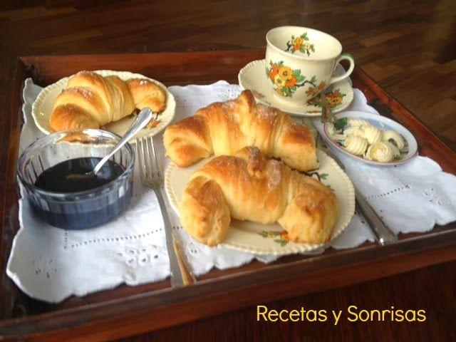 Recetas de cruasanes paso a paso #cruasán #food #dessert #butter  #recipe #tutorialhttp://recetasysonrisas.blogspot.com.es/2014/01/cruasanes-paso-pasoer.html