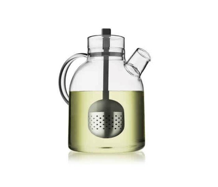 ケトル ティーポット    商品の紹介ビデオはhttp://youtu.be/PZByU51mMtc    「ティーエッグ」と呼ばれるカプセル式の茶漉し付き。ステンレス製のカプセルの紐を蓋まで引き上げると、茶葉の抽出しすぎを防げます。香りや味だけでなくお茶の色も楽しめます。