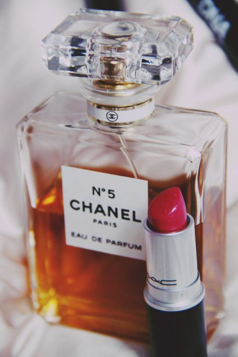 When in doubt... Chanel and red lipstick ought to do it...