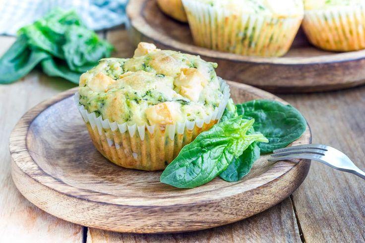 Pikante Muffins mit Spinat, Süßkartoffeln und Käse