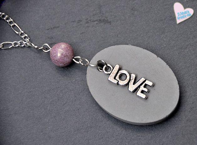 Hübsch und trendy zugleich ♥♥♥ Eine tolle Geschenkidee für die beste Freundin, Mutti, Schwester... oder beschenk Dich selbst ♥♥♥  **Halskette** im tollen Materialmix