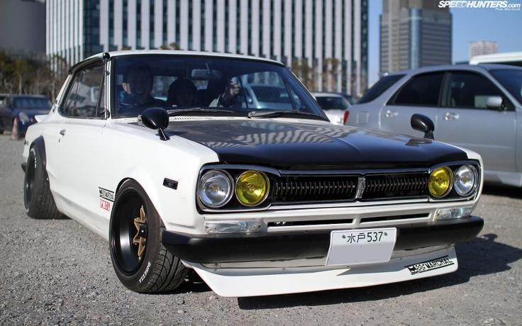 Old Skool Nissan Skyline