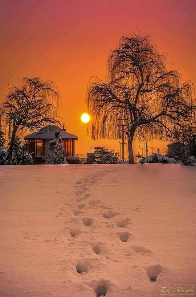 Vakti gelince gitmenin adıdır gün batımı Ömürden, gönülden, günden… Can Yücel Huzur dolu Akşamlar... <3