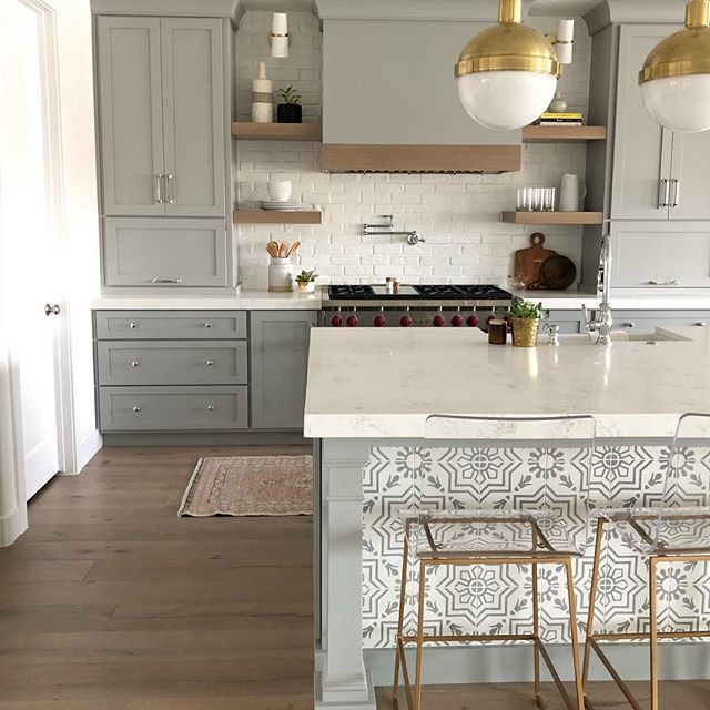 Sharing all the details on our #brioproject kitchen today on Beckiowens.com! Head to the blog for all the details + images. builder @colewesthome