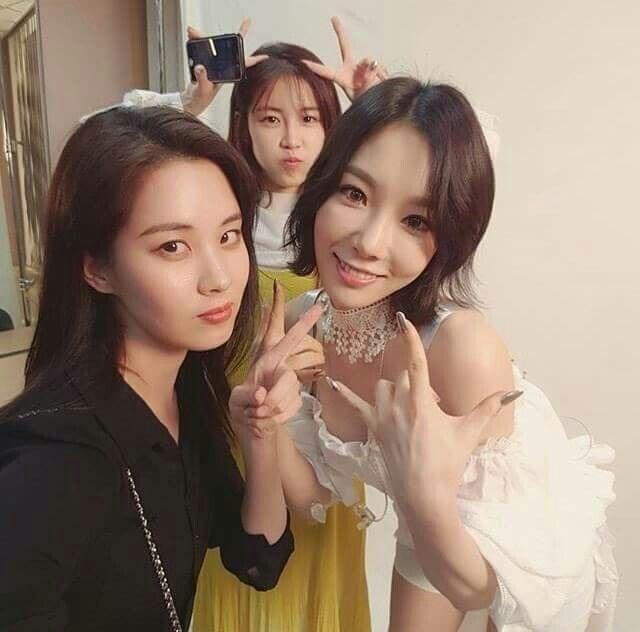 Girls Generation Seohyun at Taeyeon Persona Concert