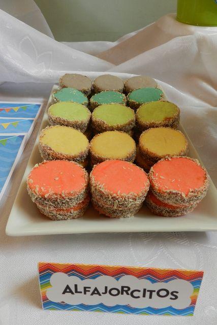 alfajores de colores http://www.facebook.com/Sweetfestenmocapasteles