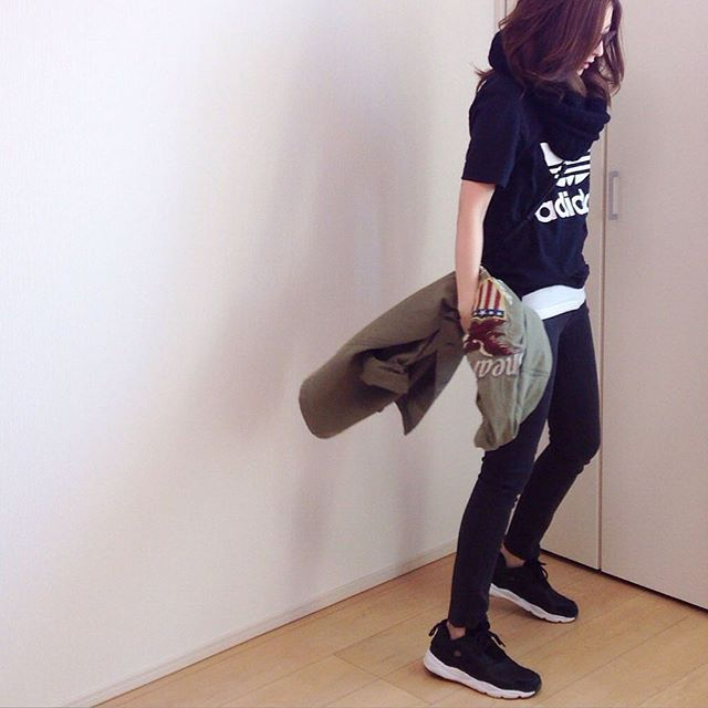 outer #ungrid ✖️ #AVIREX t-shirts #adidas inner-ribbed-tank #uniqlo snood #wego pants, bag: #zara shoes #reebok