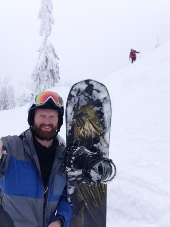 Jones Explorer Review: All-Mountain Snowboard Reviews