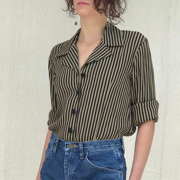 Vintage 90's striped, structured blouse | Best fit s/m. $32 free US shipping. First DM/ comment zip code claims. International, please leave country. SOLD #esmesdrawertoo#vintage#vintagestyle#vintagefashion#stripes#shirt#spring2017#springfashion#ootd#vintageshop#fashion#90sfashion#minimal#minimalfashion#minimalstyle#softlook#shopsmall#shopping#shop#vintageshop#look#curate#love#theworldsteeming