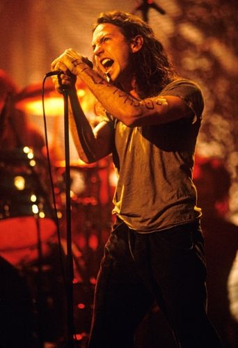 Pearl Jam on MTV Unplugged, 1992.