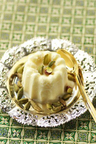 Kulfi à la cardamome et à la rose (glace indienne sans sorbetière)