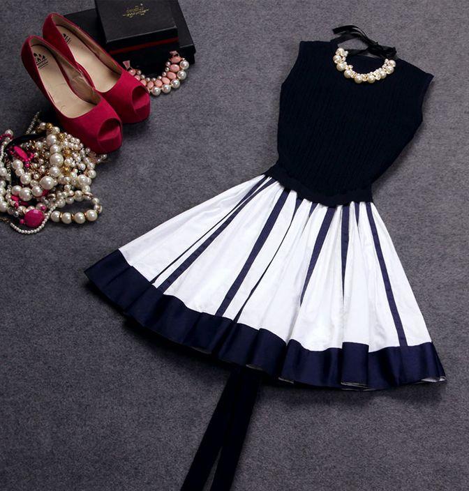 Slim round neck sleeveless striped dress