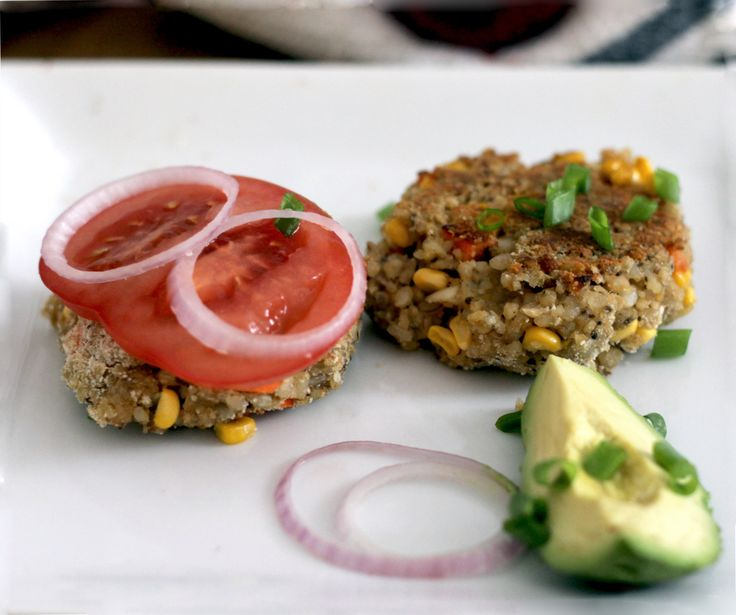 Vegan Sunshine Burger - Peaceful Dumpling                           I MUST make my very own Sunshine Burgers ! <3