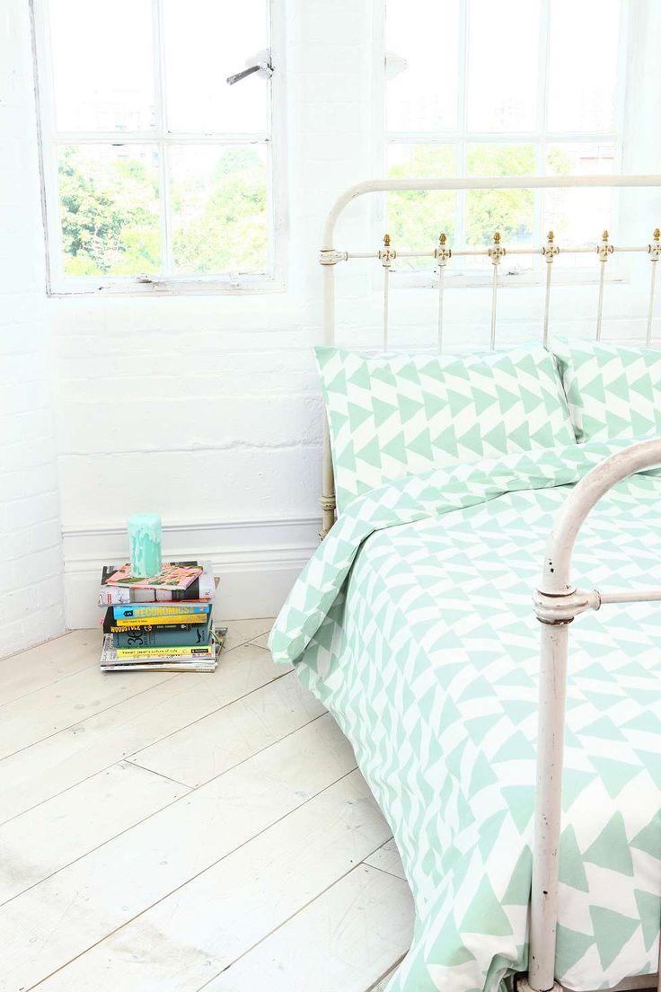 Chambre - vert menthe - Parure de couette motif flèches / Bedroom - Mint
