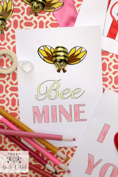 Bee Mine Foil Wrapped Chocolate Bees - Free Printable Valentines Day Cards and Instructions - Cute Valentines Crafts for Kids