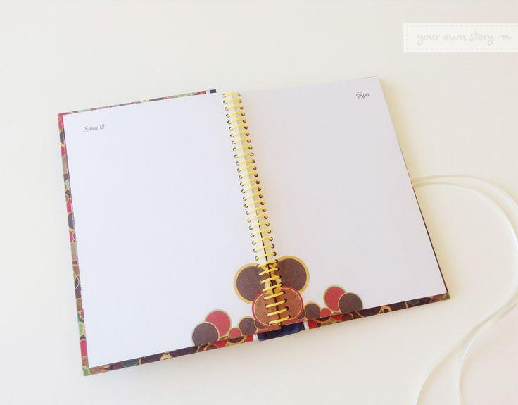 Páginas para firmar del Libro de Firmas para el cumpleaños de 15 de Roo. Fotografía y diseño de Ámbar Fotografía.  Compara los tipos de libro en nuestra Tienda Online  http://yourownstory.tiendanube.com/libros-de-firmas/