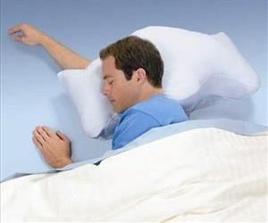 Brookstone's new anti-snoring Sona Pillow is said to be clinically shown to stop snoring and to treat mild sleep apnea.