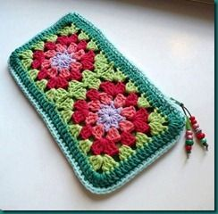cartuchera al crochet 35473_403575043043017_462039915_n