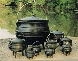 cast iron cooking pots