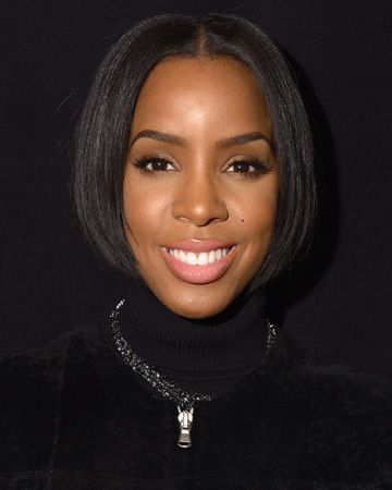 Kelly Rowland sports a neck-length hairstyle, curated by Diaspora Hair.