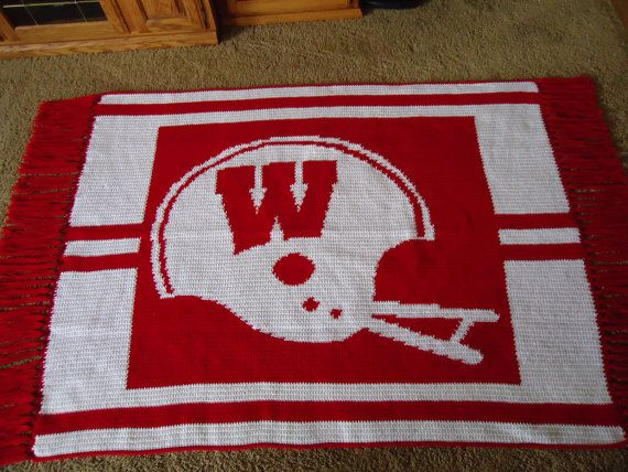bedb66c9ee1 wisconsin badgers blanket. wow i need a pattern to crochet this ...