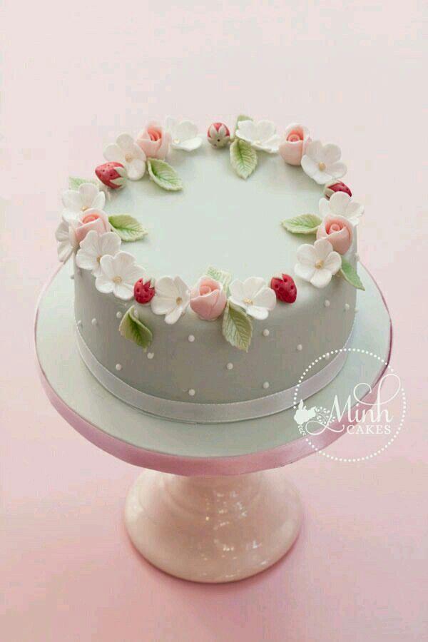 Pretty dessert cake