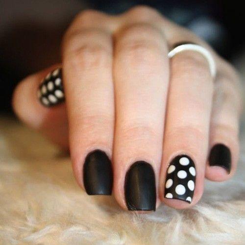 Polka Dot Party Nails / 22 DIY Minimalist Monochrome Manicures (via BuzzFeed Community)