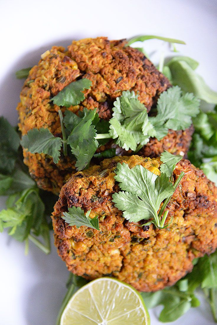 A Veggie Burger That Tastes Great      1 400g can chickpeas, rinsed well under cold water     1 clove garlic     1 large sweet potato, cooked     1 cup frozen peas     1 cup frozen corn kernels     1 cup quinoa, cooked     ¼ cup spring onions, finely chopped     ¼ cup coriander, finely chopped     ¼ cup parsley, finely shopped     1 tablespoon curry powder     1 teaspoon cumin     1 teaspoon paprika     ½ teaspoon salt