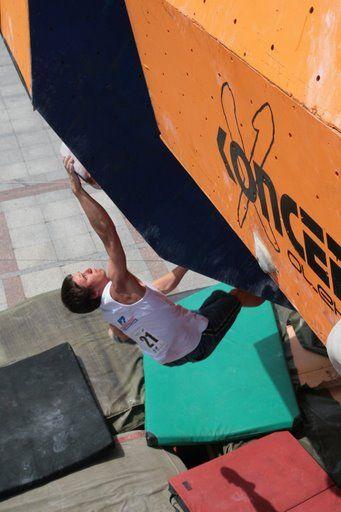 Mistrzostwa Polski w Boulderingu Tarnów 2008 #antonioclimber #kieniewicz