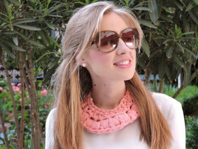 look pink de Miss Pepita's de Oro con el collar de Las cositas de Palolu