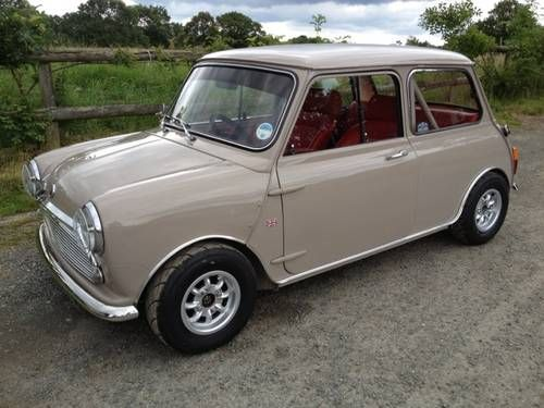 1969 Mk 2 Morris Super Deluxe Mini In Show Condition For