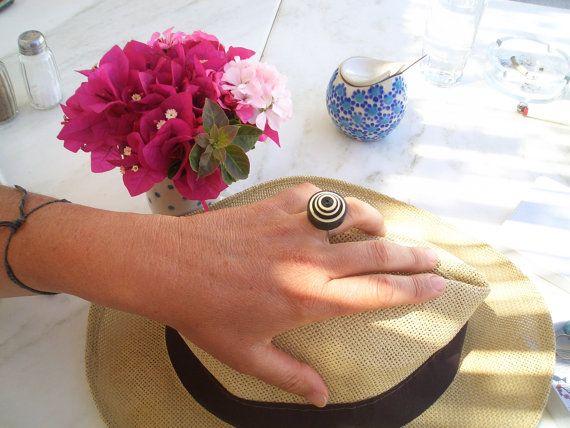 Black & White round paper ring, eco-friendly adjustable