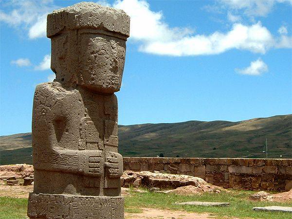 Tiwanaku, cel mai vechi oraş din lume - Civilizația Tiwanaku (în limba aymara, sau Tiahuanaco, numele orașului modern în limba spaniolă), este