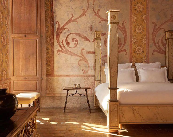 Suites Château, volume et mobilier d'époque