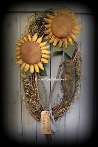 Primitive folk art wreath perfect for your primitive Fall Home. Autumn Sunflowers, Crow, Sweet Annie and Pip berries Halloween Autumn Primitive by Prim*by*Nature