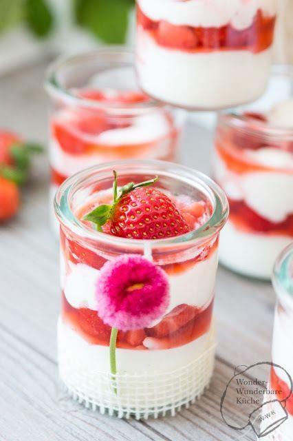 die besten 25 bayrisch creme ideen auf pinterest mascarponerezepte dessert rezepte erdbeeren. Black Bedroom Furniture Sets. Home Design Ideas
