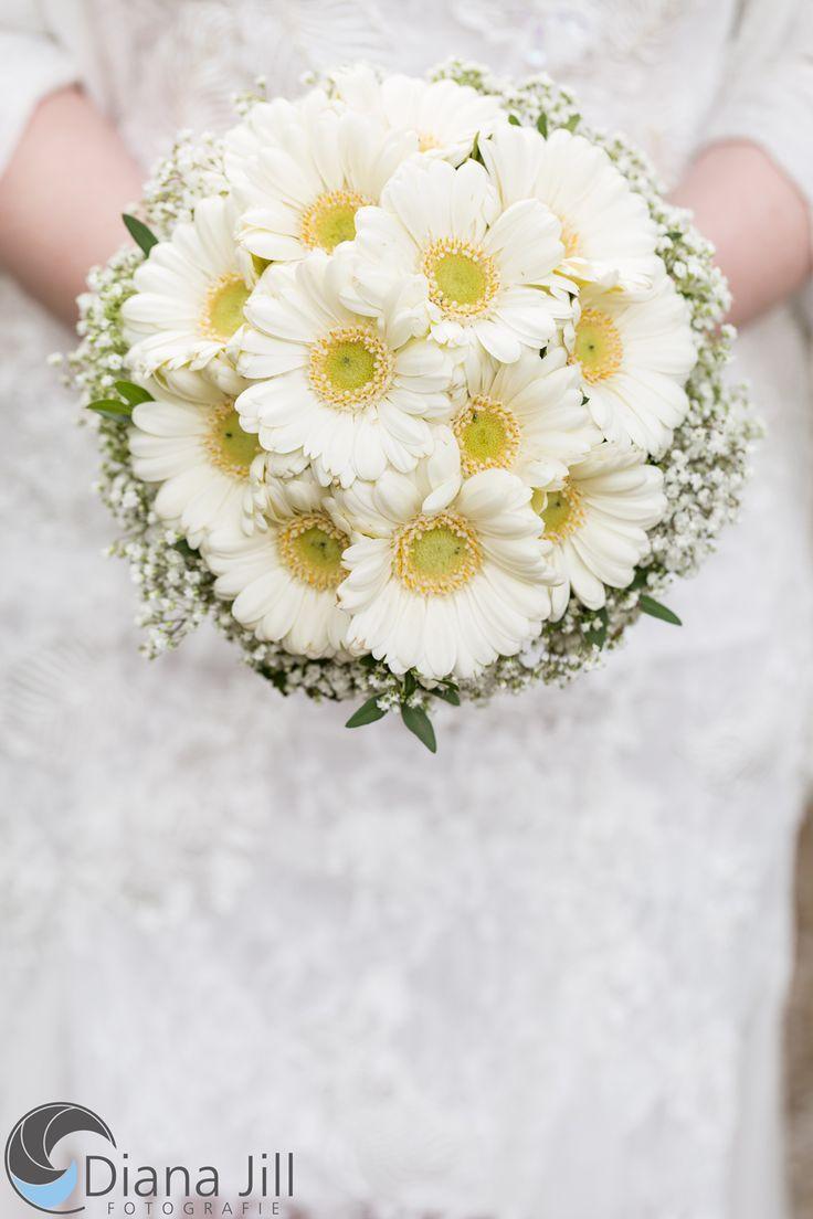 Bridal Bouquet April Blumenstrauss Hochzeit Brautstrauss Pfingstrosen Hochzeitsgestecke