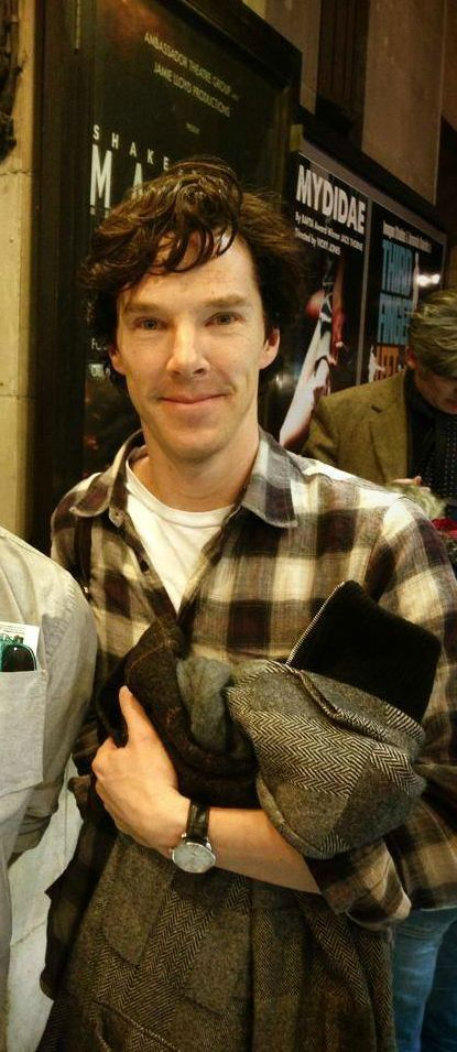 """repeat after me: """"awwwwwwwwww. how cute."""" Benedict Cumberbatch <-- Repeat after this previous pinner"""