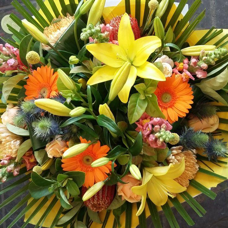 #bright #bringoncolour #bunch #flowers
