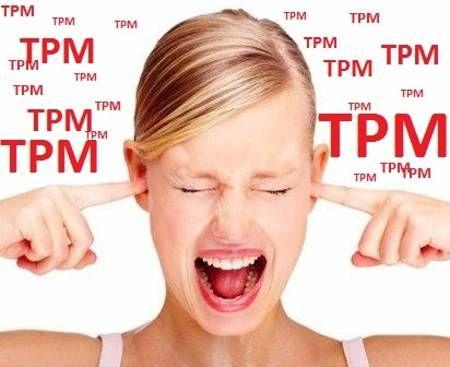 Durante a TMP podem surgir sintomas psíquicos e físicos, que normalmente somem no primeiro dia da menstruação. Em alguns casos extremos, os sintomas só desaparecem no último dia do fluxo menstrual. A alteração hormonal é a principal causa da TPM.  Confira alguns dos sintomas mais comuns. Sintomas Psíquicos:  Vontade inexplicável de chorar Depressão Ansiedade Dificuldades em iniciar e manter o sono Cansaço excessivo Irritabilidade Falta ou excesso de apetite Falta de concentração