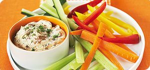 Slimming World member Anne-Marie Williams sent us this Syn Free vegan red pepper houmous recipe. http://www.slimmingworld.com/recipes/houmous-dip.aspx