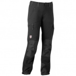 Skare Trousers W    Snug, durable women's softshell trousers made from comfortable four-way stretch with G-1000® reinforcements in the front, on the knees and at the leg endings. Designed for high-tempo long-distance skating, cross-country skiing or skate skiing excursions as well as trekking. The section in G-1000 offers protection from the wind and rain and can easily be waxed to enhance its resistance to the elements. The seams on the inside of the leg are moved forward to reduce the risk…